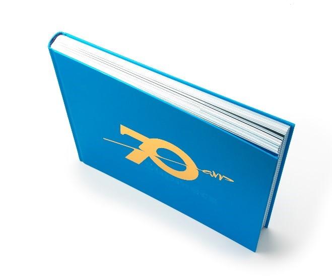 Page de couverture du livre anniversaire des 70 ans de Supméca, écrit par les Alumni