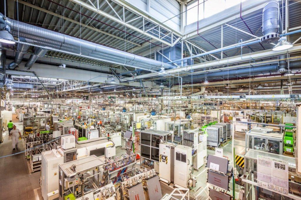 Photo d'une chaine de production complexe