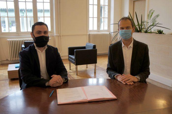 Cyrus Farokhinia et Philippe Girard ensemble pour la signature d'une convention d'incubateur